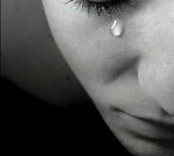 Je ss n dans tes yeux et qund tu pleur je ss la larme qui for Dans tes yeux